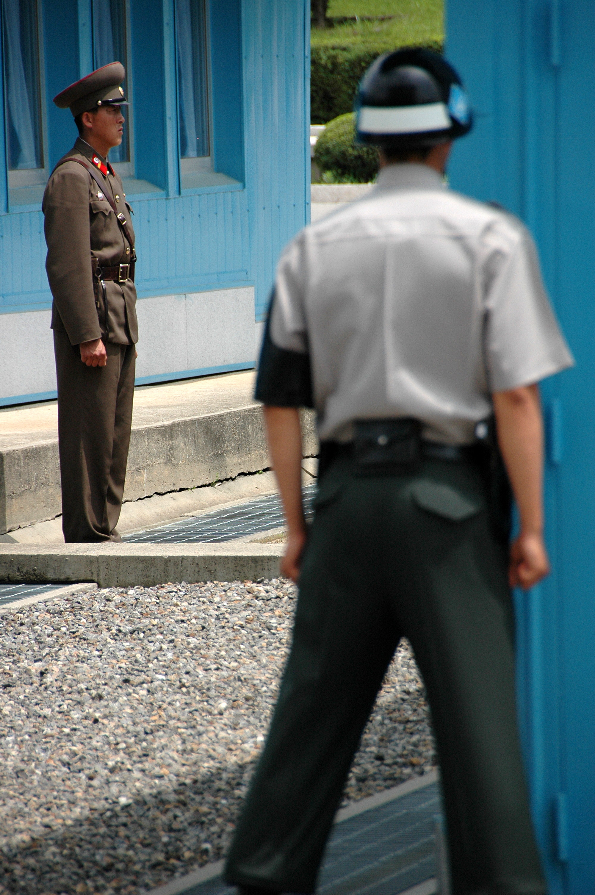 North and South Korean troops at Panmunjeom JSA